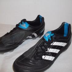 Ghete fotbal Adidas Predator, Marime: 36, Negru, Copii