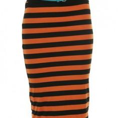 FUSTA STRADIVARIUS by zara, midi dreapta creion, dungi negru cu portocaliu, curea bleu, mulata, M 28, noua - Ideal cadou aniversare onomastica, Marime: M