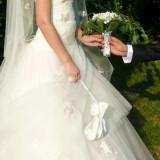 Vand rochie de mireasa tip printesa - Rochie de mireasa printesa