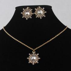 SET bijuterii LANT COLIER PANDANTIV CERCEI filat cu aur galben 9k