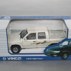 Camioneta Yangzi Pick-up, 1/24 - Macheta auto