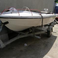 Barca cu motor, An fabricatie: 1992, Exterior, Benzina, Numar motoare: 1, Compozit - Ambarcatiune Agrement