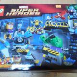 Lego Super Heroes 76018 Hulk Lab Smash