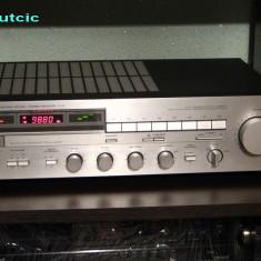 Amplificator audio, 41-80W - Amplituner YAMAHA R-3
