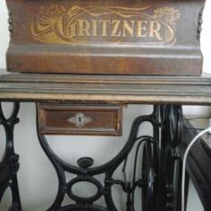 Masina de cusut Gritzner veche