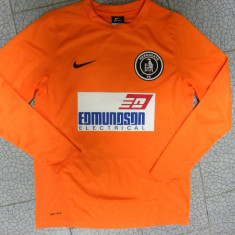 Bluza/tricou Nike pt portar mar 12-13 ani, NR 8 pe spate. Stare excelenta., Culoare: Orange, Baieti