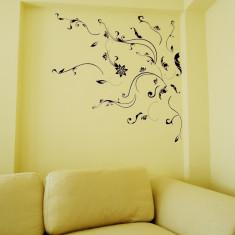 Sticker - autocolant decorativ pentru perete, model frunze si flori stilizare alb-negru