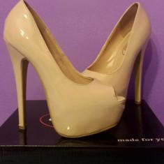 Pantofi eleganți cu toc, culoarea nude - Pantof dama, Marime: 37