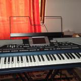 Orga - Vand Korg PA800 in stare perfecta de functionare