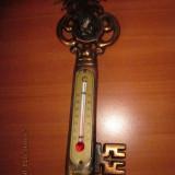 Metal/Fonta - Termometru vechi, metalic, belgian in forma de cheie