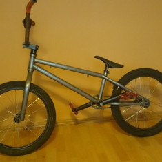 BMX KheBikes - Bicicleta BMX, 20 inch, Numar viteze: 1, Aluminiu, Gri metalizat