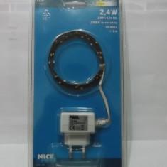 Banda luminoasa cu leduri alimentare 12v transformator - Bec / LED