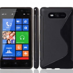 Husa Nokia Lumia 820 Silicon Gel Tpu S-Line Neagra + Folie Ecran Inclusa