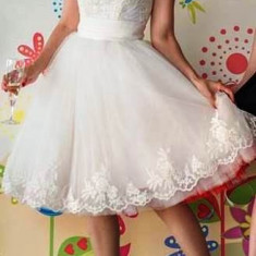 Rochie de mireasa sau logodna, scurta - Rochie scurta de mireasa