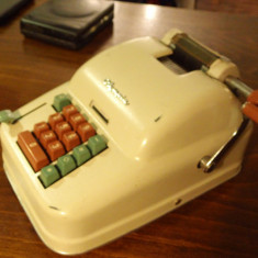 Masina de scris - Masina de calcul vintage
