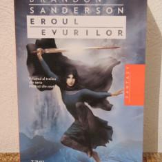 EROUL EVURILOR -BRANDON SANDERSON - Roman