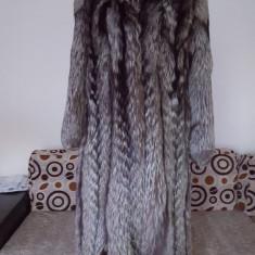 Jacheta dama - Haina blana vulpe argintie, model superb!