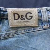 Blugi D&G Dolce&Gabbana; marime 26: 67 cm talie, 97.5 cm lungime; impecabili - Blugi dama, Culoare: Din imagine