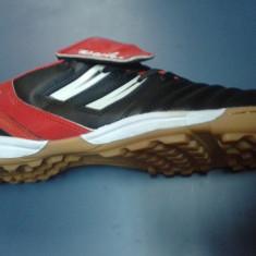Ghete fotbal, Barbati, Teren sintetic - Adidasi fotbal de sala si teren sintetic