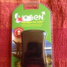 Incarcator telefon iPhone, iPhone 4/4S, Wireless - Dinam Incarcator Universal Telefon iPhone 4/4s Orice Micro-Usb Mufa Nokia Ideal pt. Calatorii si Locuri unde nu aveti acces la curent electric
