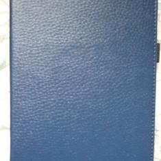 Husa Kindle Paperwhite culoare Indigo (Blue Deep), Piele Eco + Wake/Sleep