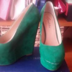 Pantofi cu platforma inalta verzi - Pantof dama, Marime: 36, Culoare: Verde, Piele intoarsa, Corai