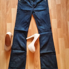 Blugi H&M evazati - Blugi dama H&m, Marime: 38, Culoare: Din imagine, Bootcut, Lungi, Normal