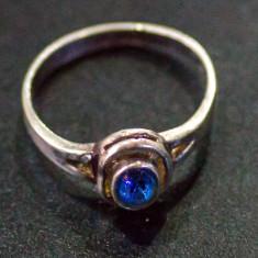 Inel argint - Inel vechi din argint cu piatra safir(15)