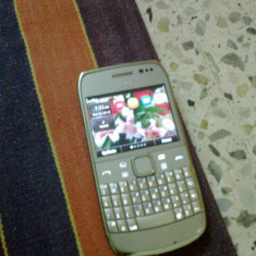 Telefon mobil Nokia E6, Argintiu, Neblocat - NOKIA E6-00 Silver