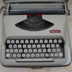 Masina de scris Royal Royalite 120