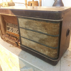 ARISTONA RA 94 A - NSF NEDERLANDSCHE - anul 1939 WW2 - aparat radio vechi