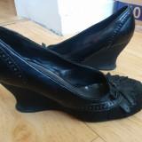 Pantofi din piele cu platforma marimea 39, purtati o singura data - Pantof dama, Culoare: Negru, Piele naturala