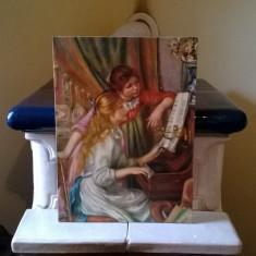 LITOGRAFIE PE PANZA POSTATA PE PLACAJ FETE LA PIAN REPRODUCERE DUPA RENOIR, Pierre-Auguste Renoir, Portrete