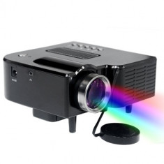 PROIECTOR VIDEO CU LED, ULTIMA TEHNOLOGIE, INTRARE HDMI, STICK USB, TELECOMANDA.NOU., 1920x1080, Sub 1000, 15 000 - 20 000 ore