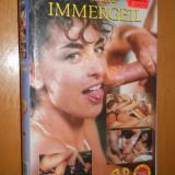 Filme XXX - FAMILIE IMMERGEIL ( SARAH YOUNG ) - FILM DE COLECTIE XXX CASETA VIDEO VHS