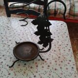 obiect decorativ din fier forjat .ptr ghiveci  cu flori .reducere