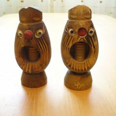 Lot 2 buc. spargatoare (spargator) nuci, alune, obiecte din lemn, artizanat