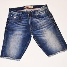 Blugi barbati - Pantaloni scurti blug Guess Jeans talie 31 32