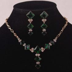 Set Swarovski - Set de bijuterii placat Aur, Green Cristale Swarovski cod 724