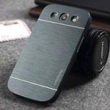 Husa pelicula aluminiu MOTOMO gri inchis Samsung Galaxy S3 i9300 + folie ecran