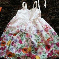 Haine Copii 4 - 6 ani, Rochii, Fete - Rochita bufanta, rochie pentru fetite, marimea 3-5 ani, H&M, deosebita, dublata