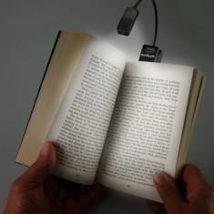 Lampa de carte alba Ereader