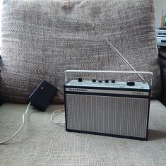 Aparat radio - Radio portabil vintage Blaupunkt Lido + alimentator, vintage.