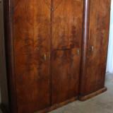Mobilier - Sifonier din lemn masiv, cu 3 usi; Dulap de dormitor cu polite si bare umerase