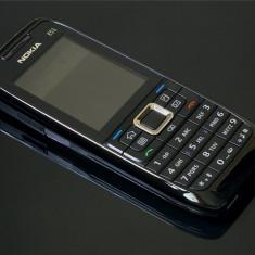 Telefon Nokia - Nokia e51 reconditionat