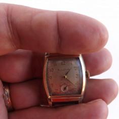 Ceas de mana mecanic, marca BULOVA, in stare de functionare.