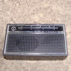 Aparat radio - Aparat de radio vechi ELECTRON-M rusesc