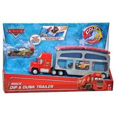 Camion cu remorca Mack si Fulger McQueen care isi schimba culoarea Cars - Masinuta de jucarie Mattel