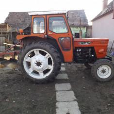 Tractor Fiat 640 + utilaje - Utilitare auto