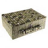Zelená štvorčeková šperkovnica, tvar kufríka s rúčkou